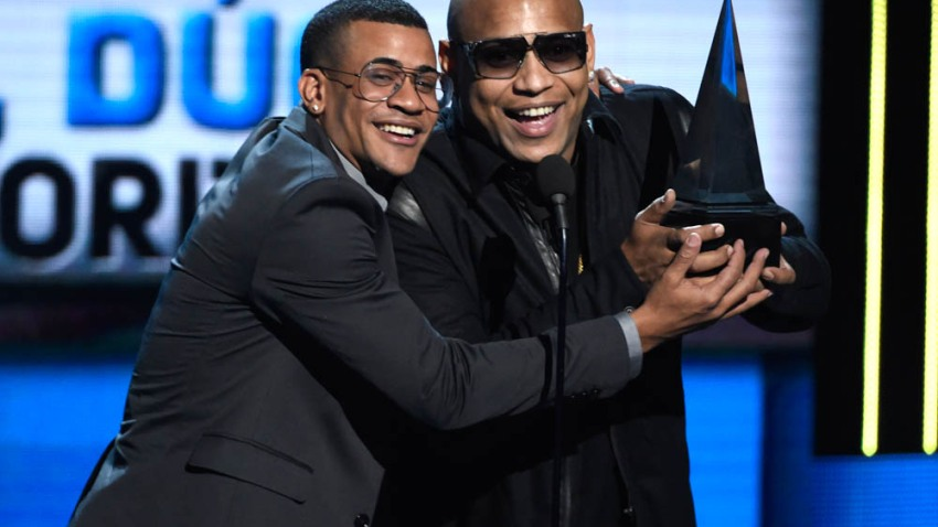 2015 Latin American Music Awards - Show