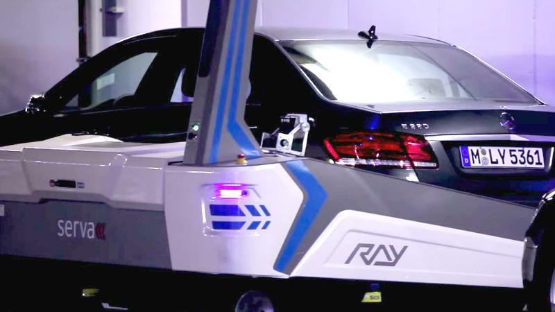 TLMD-Ray-robot-para-estacionar-carros-