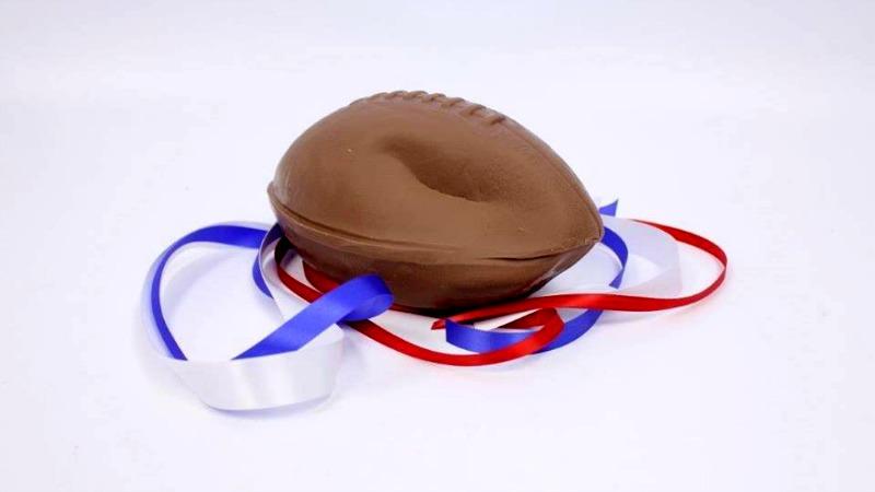 TLMD-balones-desinflado-Chocolate-Bradie-Ball-SarrisCandies