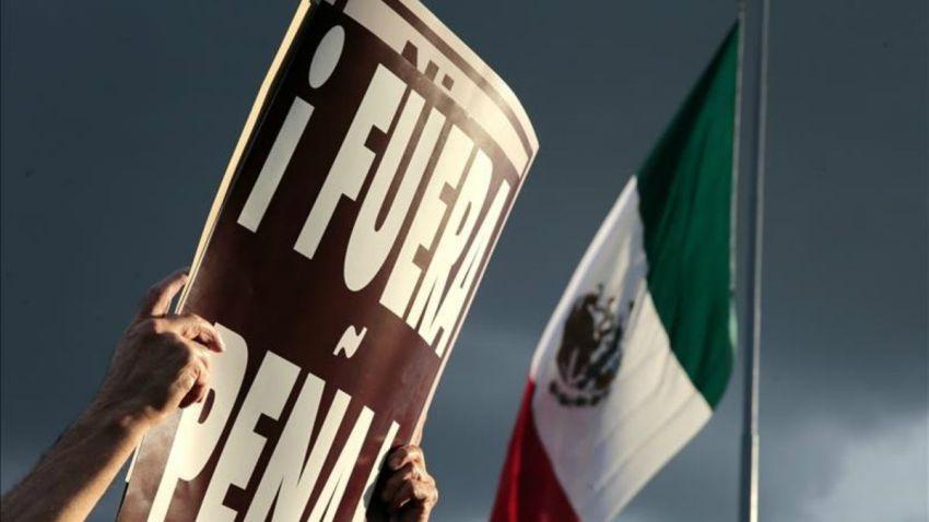 ayotzinapa-protestas-zocalo