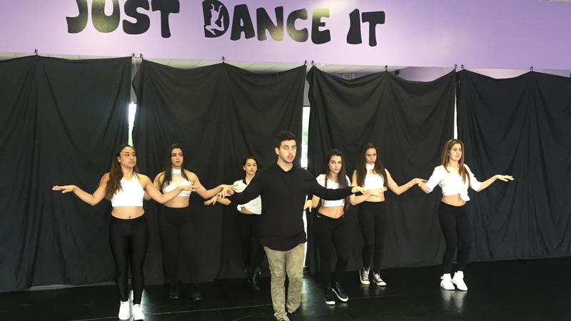 baila-dance