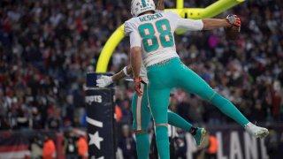 Dolphins sorprenden a los Patriots