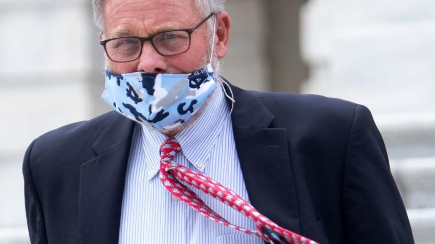 el senador richard burr