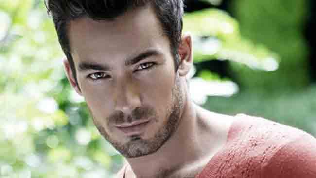 tlmd_aaron_diaz_actor_con_telemundo