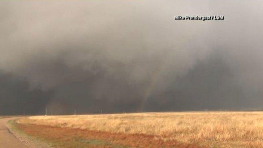 tornado-con-arcoiris