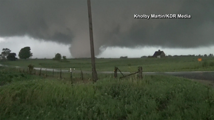 tornado110