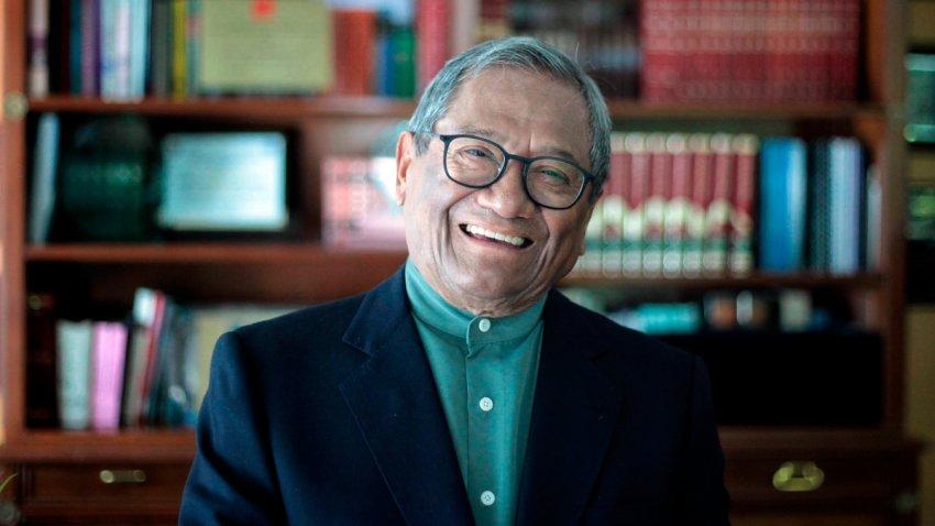 El compositor e intérprete mexicano Armando Manzanero