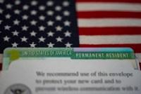 USCIS puso en marcha nuevos requisitos para quienes desean naturalizarse. Te contamos de qué se trata.