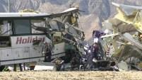 Un autobús que llevaba pasajeros de un casino embistió la parte de atrás de un camión. Te mostramos las imágenes.