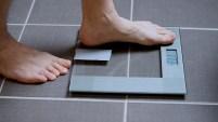 Una investigación de la Universidad de Stirling, en Escocia, encontró una relación entre el sobrepeso y unas sustancias químicas...