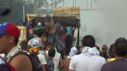 Aumenta la tensión en Cúcuta con gases lacrimógenes y piedras