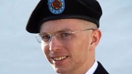 Obama conmuta sentencia a soldado transgénero