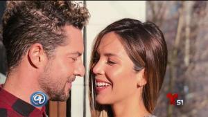 David Bisbal se compromete con modelo venezolana