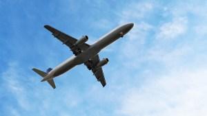 Alarman los casos de furia de pasajeros en aviones