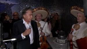 """""""El Puma"""" deleita con canciones en su cumpleaños"""