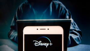 Disney Plus: miles de cuentas hackeadas a horas después del lanzamiento