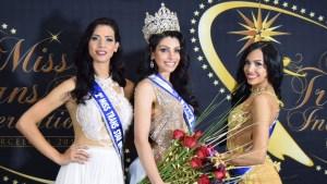 Brasileña gana certamen internacional transgénero