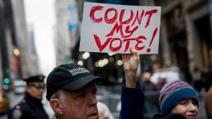 Recuento de votos en Michigan termina por orden de juez