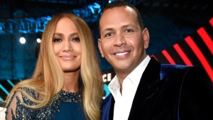 J.Lo y A-Rod llegan a Puerto Rico en busca de resultados