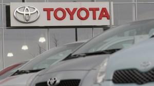 Toyota llama a revisión más de 5 millones de autos