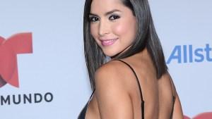 Los looks sexys de Carmen Villalobos en Premios Tu Mundo