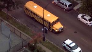 Policía: hieren de balazo a chofer de transporte escolar