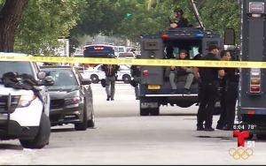 Hombre armado amenaza a policías de Miami