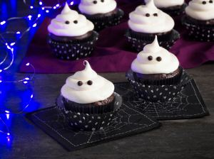 Nuestros Sabores: Cupcakes Fantasma de Chocolate y Guayaba