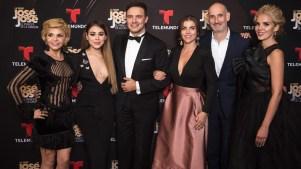 """Estrellas acuden a gala de estreno de """"José José, el Príncipe de la Canción"""""""