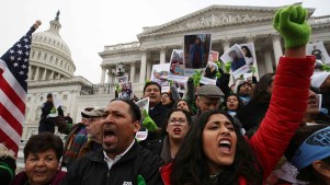 Dreamers preparan protestas para exigir un alivio