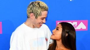 Ariana Grande cancela planes de boda y se separa de su novio
