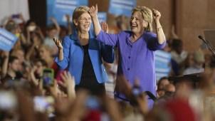 Clinton y Warren hacen campaña juntas por primera vez