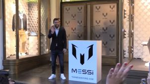 """Messi lanza su propia colección de ropa  """"con su ADN"""""""