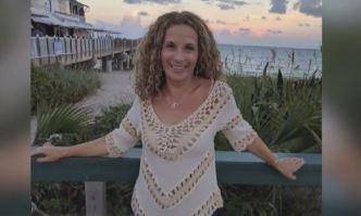 Familia demanda a condominio por asesinato de maestra