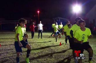 Puro Gol: Practicar fútbol a pesar de las adversidades