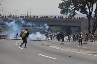 Venezuela: segundo día de disturbios y represión