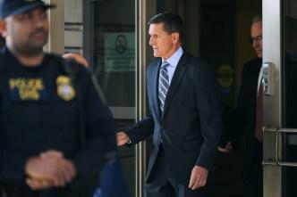"Michael Flynn cooperará ""plenamente"" sobre trama rusa"