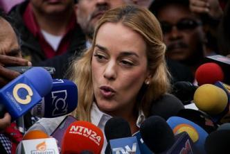 Ecuador no deja entrar a Lilian Tintori