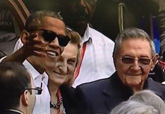 Obama cierra su visita en partido de béisbol
