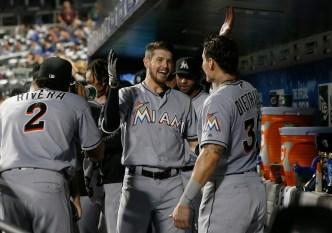 Ureña y Marlins vencen a Mets y al desafortunado deGrom<br />
