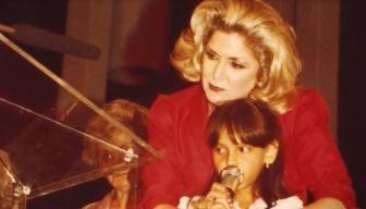 Homenaje al legado de Lourdes Aguila