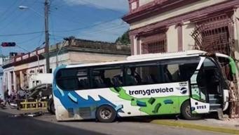 Accidente de ómnibus de turismo en Cuba