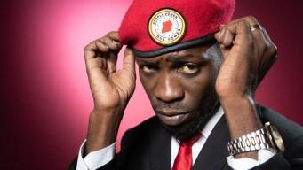 Uganda: astro pop tras la presidencia teme por su vida