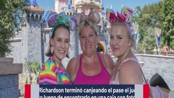 Gana pase gratis a Disneyland y lo usa 34 años después California