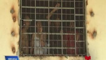 Cubanos varados en Panamá piden clemencia a Trump