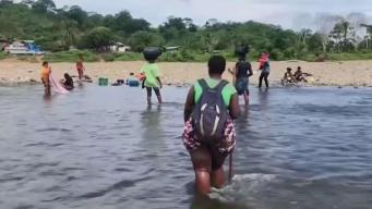 Cubanos intentan llegar a la frontera de EEUU