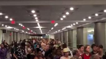 Demoras en aeropuertos por fallas en sistema de aduanas