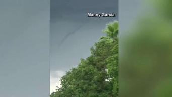 Captan extraño fenómeno de nube de embudo en Miami