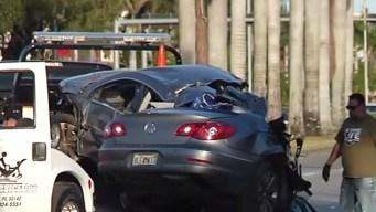 Auto se parte en dos tras accidente en Sweetwater