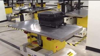 Presentan sistema para inspeccionar equipaje en MIA